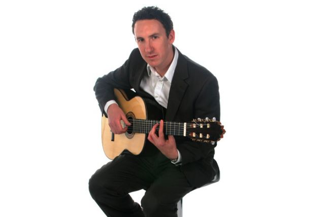 Michael - Solo Classical Guitarist